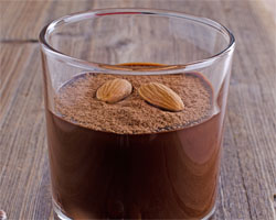 Mousse de Chocolate con Almendras